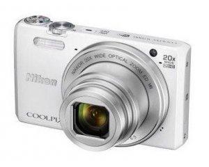 appareil photo num rique nikon coolpix s7000 blanc son tui rigide 169 carrefour. Black Bedroom Furniture Sets. Home Design Ideas