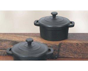 des cocottes et po les en fonte prix r duit pour votre cuisine westwing. Black Bedroom Furniture Sets. Home Design Ideas