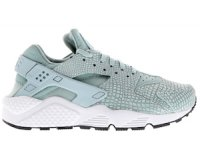 Foot Locker: Chaussures Nike Huarache Run Premium Style Edit pour femme à 79,99€