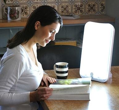 Code promo Minute Facile : Une lampe de luminothérapie Arabica de Lumie à gagner