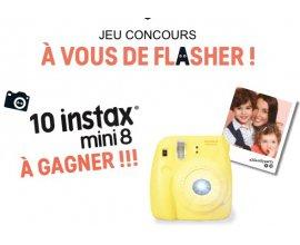 Z-Eshop: 10 appareils photo instantanés Instax Mini 8 à gagner