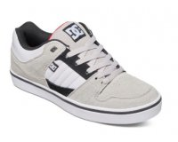 DC Shoes: Chaussures DC Shoes Course à 44,5€ au lieu de 89€