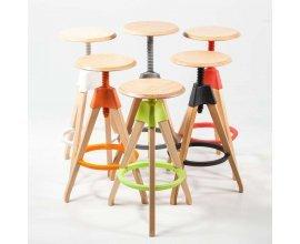 4 Pieds: Tabouret de bar à vis en bois coloris vert à 55,13€ au lieu de 110€