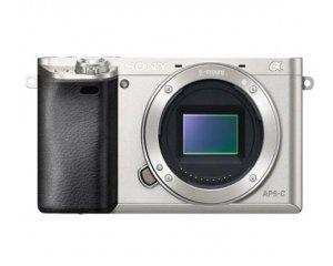 Pixmania: Remise de 12% sur l'appareil photo numérique SONY A6000 silver