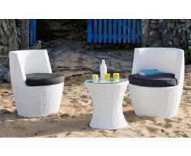 Maisons du Monde: L'ensemble de jardin (1 table + 2 fauteuils) à 149,50 € au lieu de 299 €