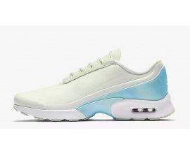 Nike: Chaussures Air Max Jewell Premium pour femme à 83,97€ au lieu de 120€