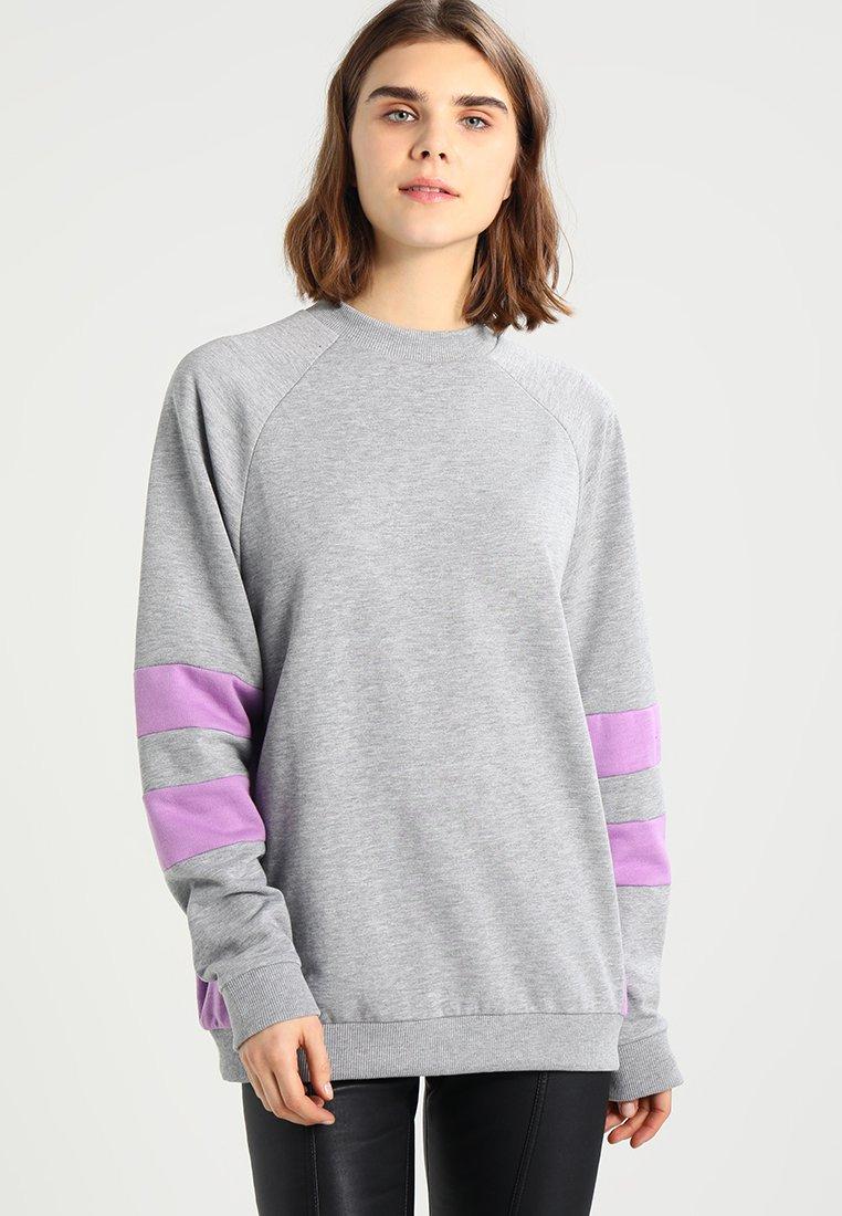 Code promo Zalando : Sweatshirt à 14€ au lieu de 27,95€