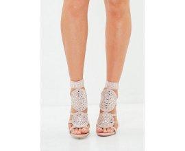 Missguided: Sandales à talons bijoux roses ornementées peace+love au prix de 37,50€ au lieu de 75€