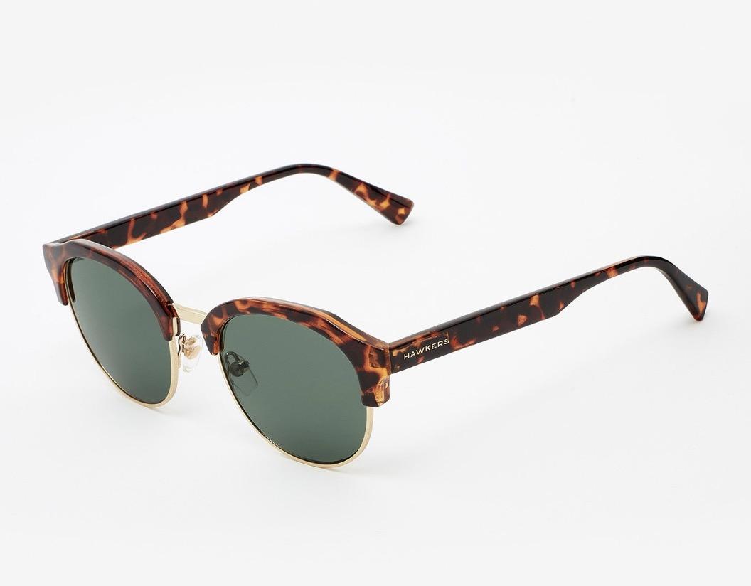 578f33e2a4 1 paire de lunette de soleil achetée = la 2e offerte @ Hawkers