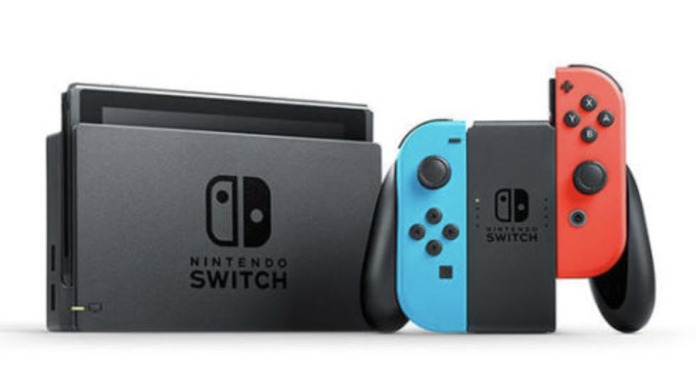 Code promo eBay : Console Nintendo Switch avec paire de Joy-Con Noir à 259€ au lieu de 329,99€